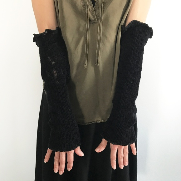 Trixy Xchange Accessories - 👻 2/$20 Handmade Black Sweater Knit Arm Warmers
